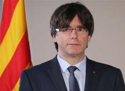 Carles_Puigdemont_2016