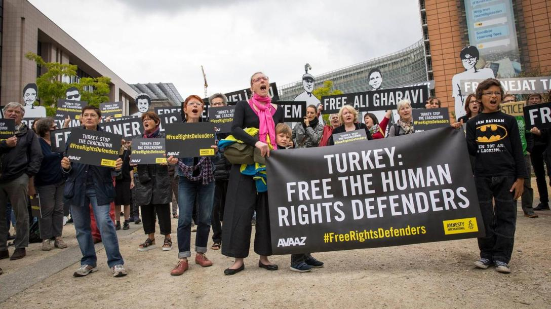 Campaigners from AI and Avaaz are calling for their release