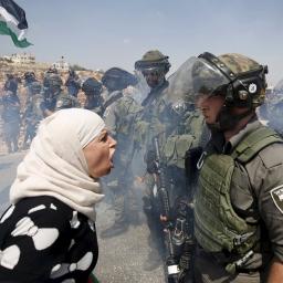 """Gaszenie pożaru benzyną – Donald Trump """"przenosi"""" stolicę Izraela"""