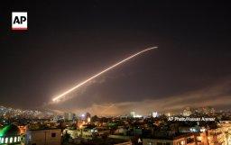 Amerykanie, Francuzi i Brytyjczycy bombardują cele w Syrii
