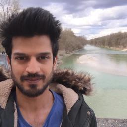 Walka z wiatrakami — Maaz Ashiq