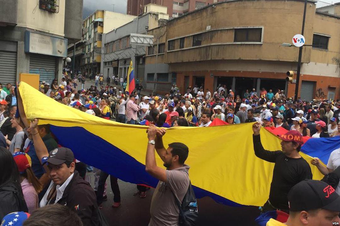 23 stycznia Voz de América wikimedia commons