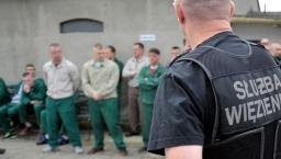 Kto ma się najgorzej w więzieniu? Podział społeczności więziennej w Polsce