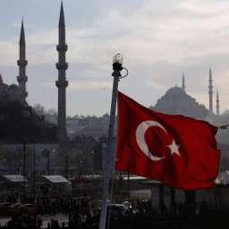 Europeizacja czy islamizacja? Dokąd tak naprawdę zmierza Turcja?